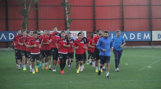 Gençlerbirliği ve Osmanlıspor'da Neşeli Günler