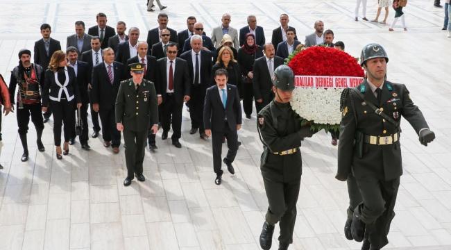Ankaralılar Anıtkabir'i Ziyaret Etti