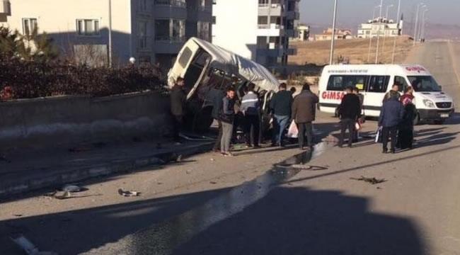 Başkent'te Feci Kaza: 2 Ağır Yaralı