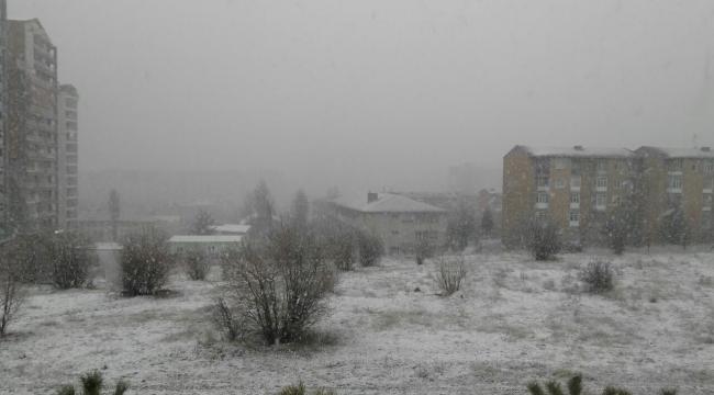 Ankara'da Sürpriz Kar Fırtınası! Bir Anda Başladı Ve...