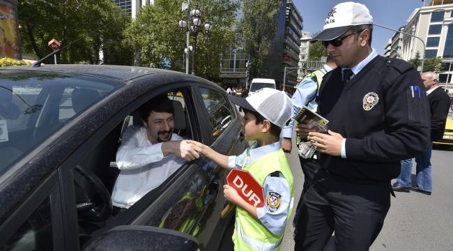 Ankara Çocuk Meclisi Üyelerinden Trafik Denetimi