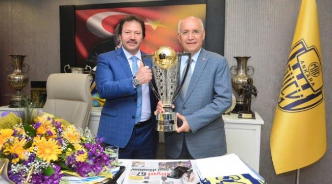 Yenimahalle Belediye Başkanı Fethi Yaşar'dan Ankaragücü'ne Ziyaret