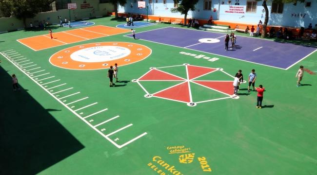 Çankaya Belediyesi Okulları Renklendiriyor