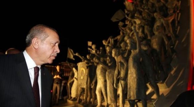 Cumhurbaşkanı Erdoğan'dan 15 Temmuz Şehitler Abidesi'ne Ziyaret