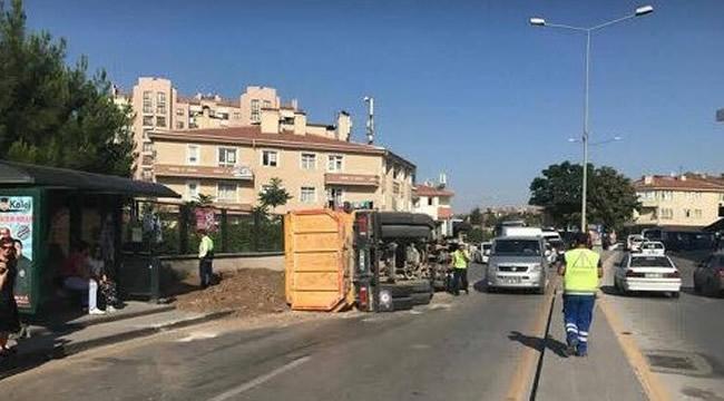 ŞOK! Ankara'da Kamyonun Frenleri Patladı: 2 Yaralı