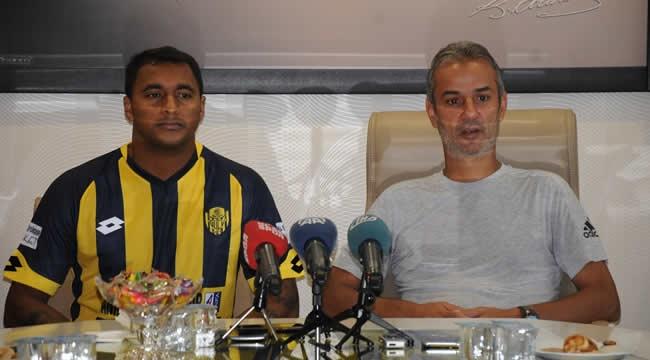 Ankaragücü'ne Yeni Transfer! 1 Yıllık Sözleşme İmzalandı