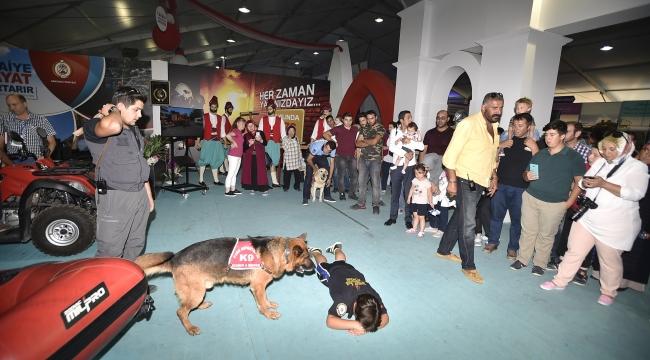 Büyük Ankara Festivali'nde Ankara İtfaiyesi'ne Büyük İlgi