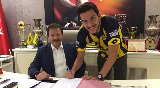 Ve Mehmet Umut Nayir Ankaragücü'nde...