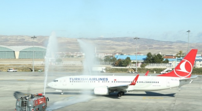Ankara'dan Yurt Dışına Açılan Yeni Hatların İlk Uçuşu Başladı
