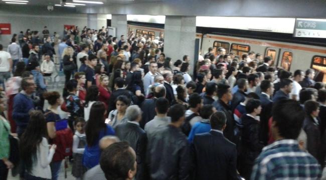 Başkent'te ''Ankarakart'' Krizi! Ücretsiz Geçiş Yapıldı