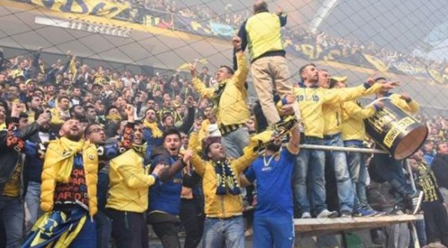 17 Haftada 2.1 Milyon Kişi Stadyumlarda Maç İzledi