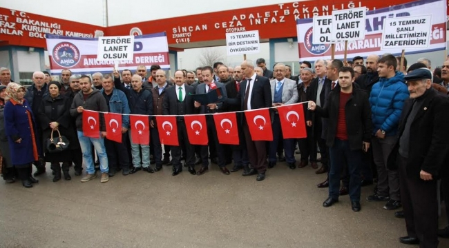 Ankaralılar Sincan'daki Nöbetlerine Devam Ediyor