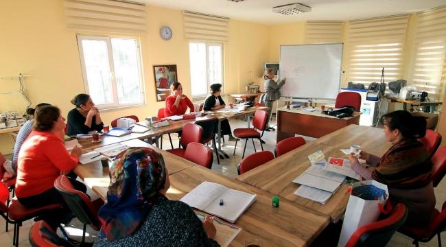 Çankaya'da Okuma Yazma Seferberliği 14 Yıldır Sürüyor