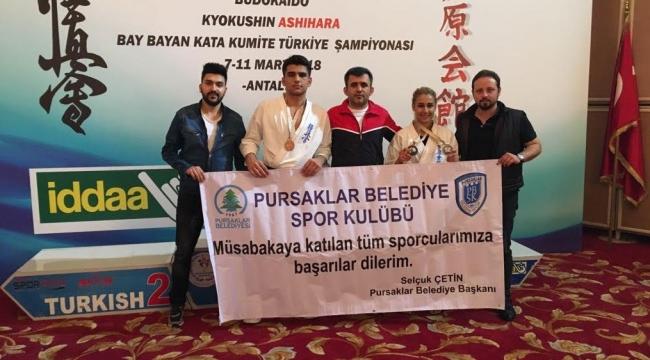 Kyokushın Ashıhara Şampiyonasında Pursaklar 3 Madalya Kazandı