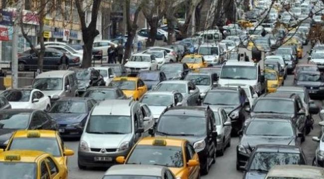 OKULLAR AÇILIYOR! Ankara'da Trafik Alarmı