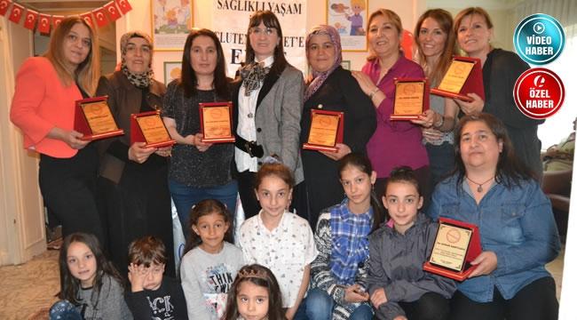 ÇÖLYAK Derneği ''Yılın Anneleri''ni Ödüllendirdi