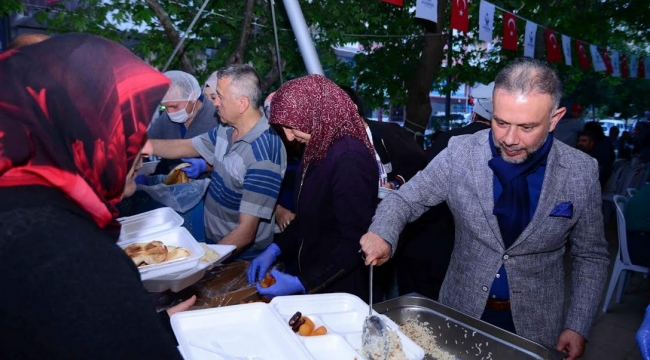 Kahramankazan'da İftar Yemekleri İhtiyaç Sahiplerinin Evlerine Götürülüyor