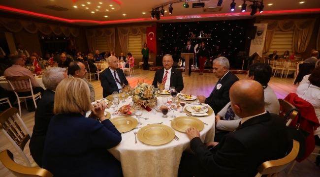 Yaşar, ADD Üyeleri ile Dayanışma Gecesi'nde