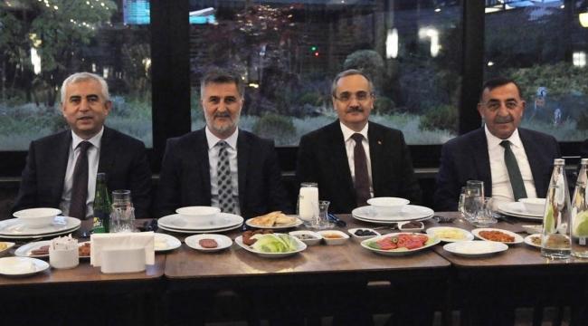 Ankaralı Halk Otobüsçüler İftarda Buluştu