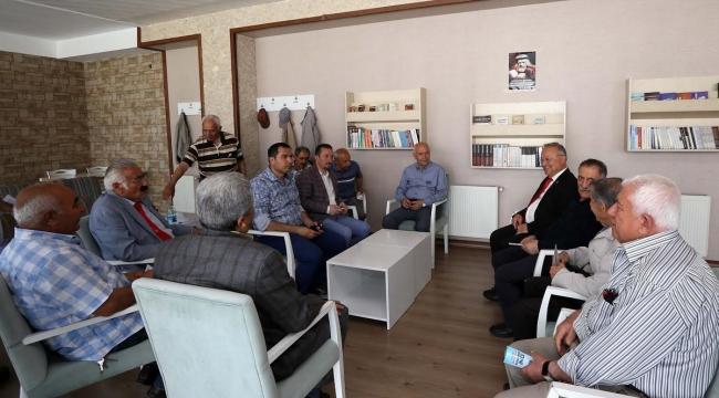 Fethi Yaşar İkinci Bahar Müdavimlerini Ziyaret Etti