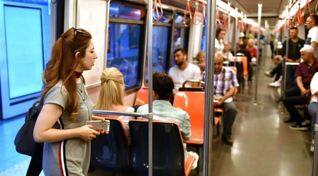 FLAŞ! YKS'ye Girecek Tüm Öğrencilere Otobüs ve Metro Ücretsiz Hizmet Verecek