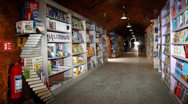 Çankaya'nın Gezici Kütüphanesi Yola Çıkıyor