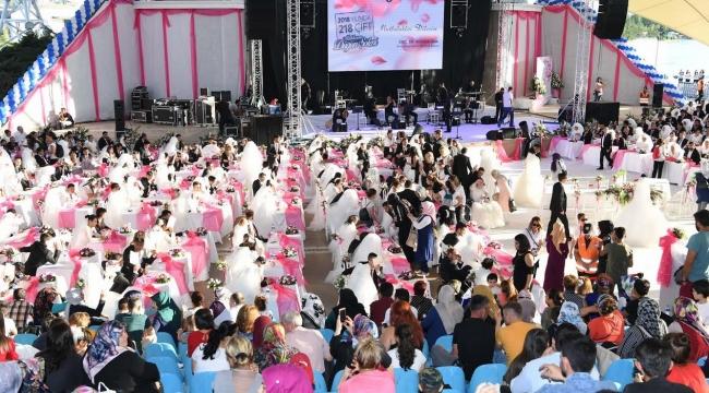 Büyükşehir'den 218 Çifte Düğün Şöleni