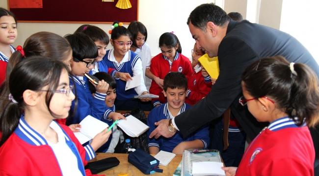 Çankaya'da 15 Bin Öğrenciye Eğitim Seti Hediye Edilecek