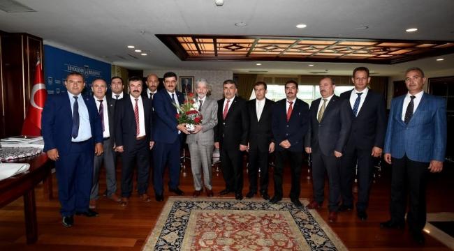 Servis Araçları Odası'ndan Mustafa Tuna'ya Ziyaret