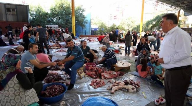 Yenimahalle'nin 9 Noktasında Kurban Kesimi Yapıldı