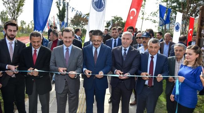 Altındağ'da 5 Dev Park Düzenlenen Törenle Açıldı