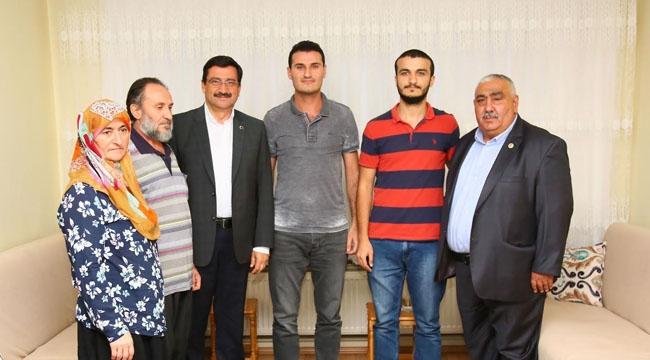 Mustafa Ak Şehit ve Gazi Ailelerini Unutmadı