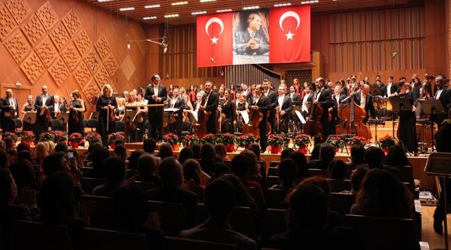 3 Büyükler Başkent Ankara'da Cumhuriyet Konserinde Buluştu!