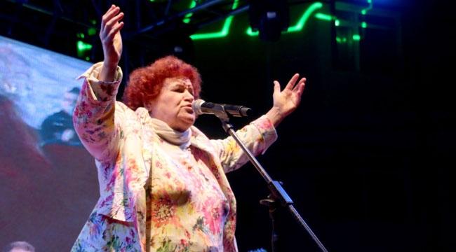 Pazar Yeri Selda Bağcan Konseriyle Açılıyor