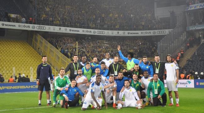 ŞEN OLA BAŞKENT! Ankaragücü Kadıköy'de Fenerbahçe'yi Devirdi