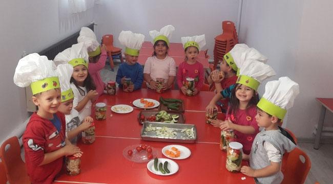 Turşu Kurdular! Neşeli Miniklere Eğlenceli Aktiviteler...