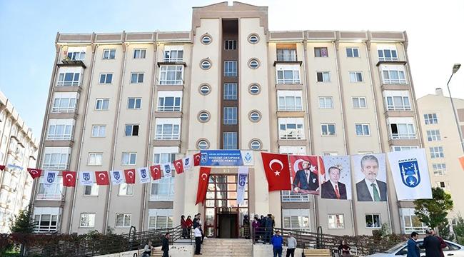 21.'si Açıldı! Ankara Büyükşehir'den Bir Gençlik Merkezi Daha...