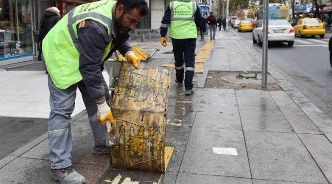 Ankara'daki Sarı Çizgiler Değişiyor! Artık İz Yolları Beton Malzemeden Üretilecek...