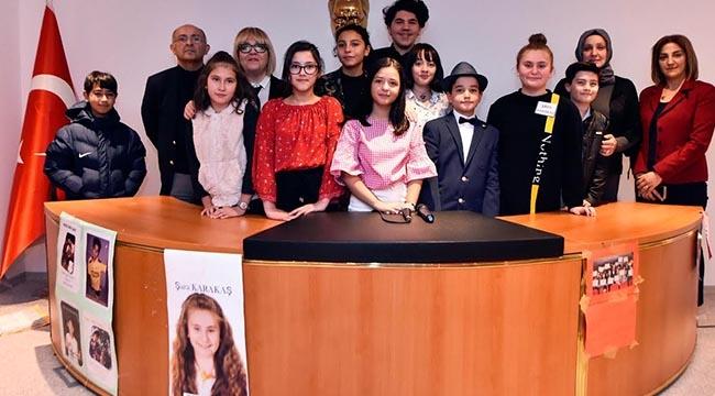 Ankaralı Çocuklardan Demokrasi Dersi! Çocuk Meclisi'nde 24. Dönem Seçim Heyecanı Yaşandı