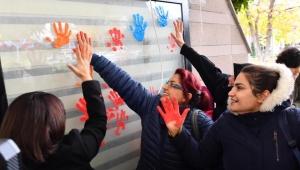 Büyükşehir'den 'Kadına Şiddete Hayır' Mesajı