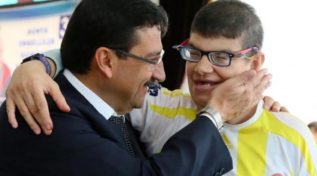 Keçiören'de Dünya Engelliler Günü Etkinliği Düzenlendi
