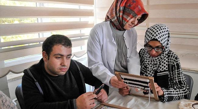 Mamak Aile Merkezleri'nde Engeller Aşılıyor