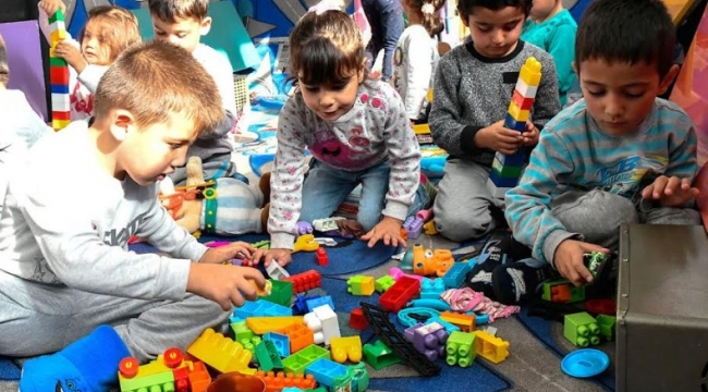Mamak'ta Mobil Okul Mezunu Çocukların Sayısı 2 Bin 200 Oldu