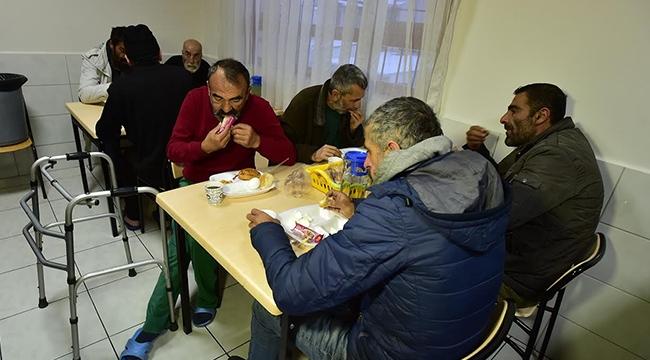 Ankara'da Kimsesizlerin ve Evsizlerin Sıcak Yuvası: Barınma Evleri..