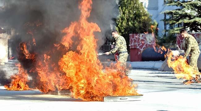 Ankara İtfaiyesi'nden Yangın Eğitimi...