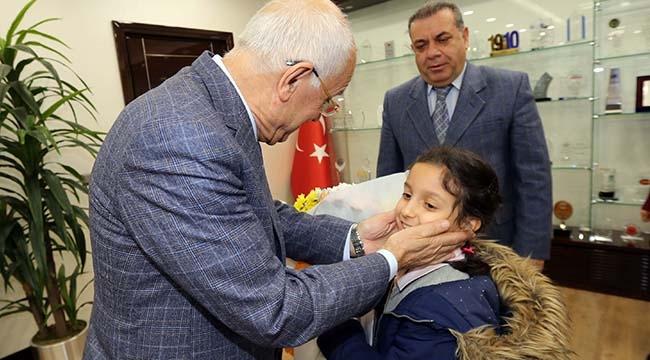 Fethi Yaşar, İlkokul Öğrencilerini Makamında Ağırladı