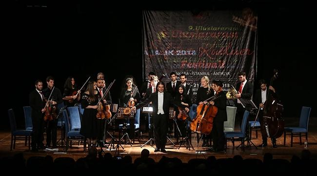 Filistinli Genç Müzisyenler Yenimahalle'de