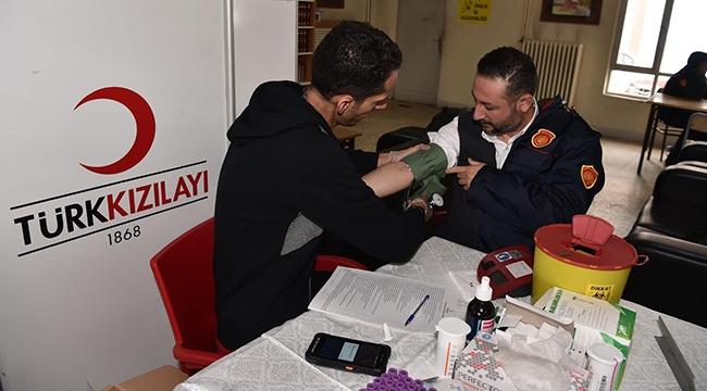 Hem Can Kurtaran Hem Kan Veren Ankara İtfaiyesi