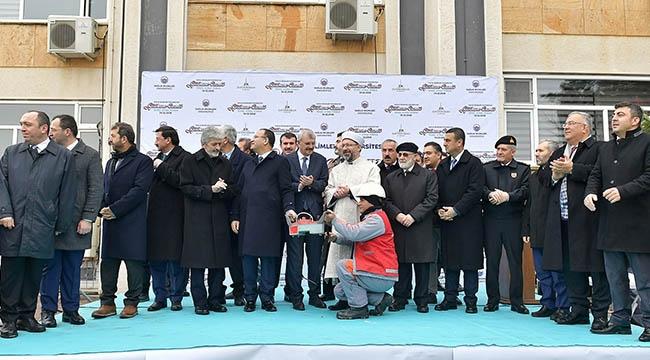 Mustafa Tuna Camii Temel Atma Törenine Katıldı