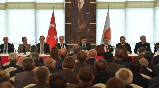 Mustafa Tuna ve Vasip Şahin Muhtarlarla Bir Araya Geldi